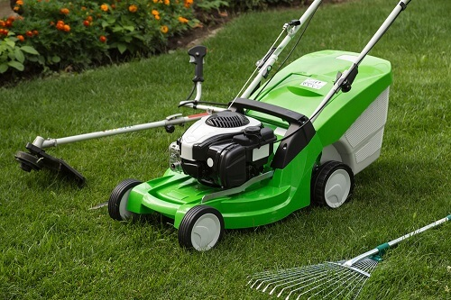 Lawn Care Guide For First Time Homeowners